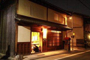 京都の木と土壁の文化を活かして京町家を地震・火災から護りぬく