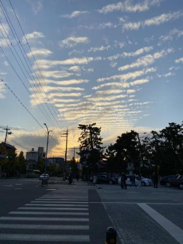 西陣とさば雲